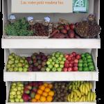 Présentoir fruits et légumes bio détouré.